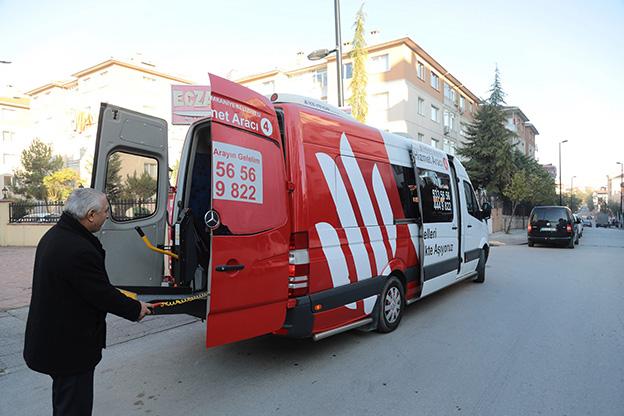 ÜMRANİYE'DE 14 YILDIR ENGEL TANIMAYAN HİZMETLER..