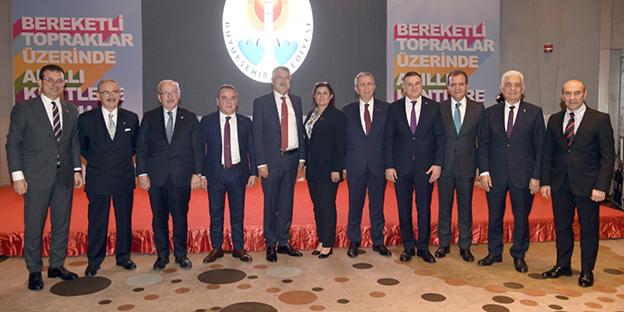 CHP'Lİ 11 BÜYÜKŞEHİR BELEDİYE BAŞKANINDAN ORTAK AÇIKLAMA..