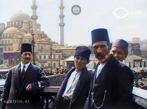 CANLI CANLI İSTANBUL'UN 100 YIL ÖNCEKİ RENKLİ VİDEOSU..