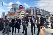 AK PARTİ ÜMRANİYE'DE KADINLAR GÜNÜ'NÜ KARANFİLLERLE KUTLADI..