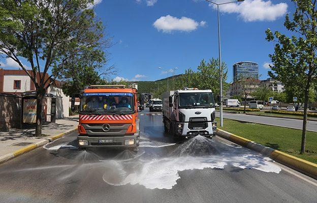 İSTAÇ'TAN ATAŞEHİR'E BAHAR TEMİZLİĞİ..