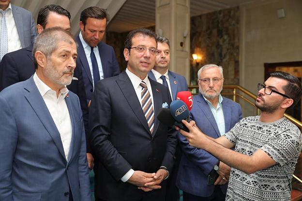 İMAMOĞLU'NU TEBRİK EDEN İLK RAKİBİ GÖKÇINAR OLDU..